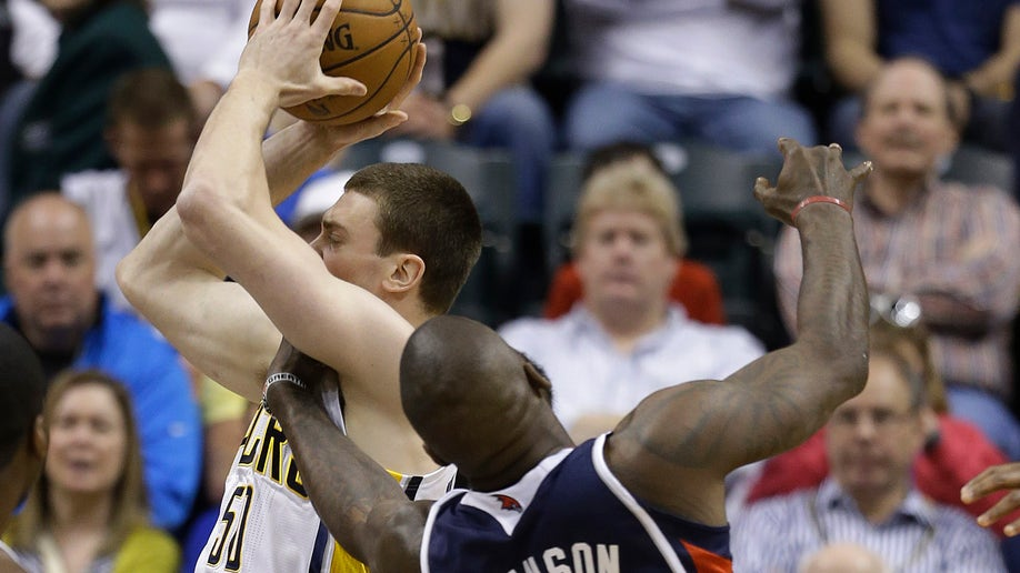 48d9c11f-Hawks Pacers Basketball