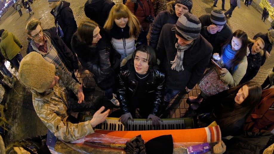 989e6bb8-Ukraine Protests