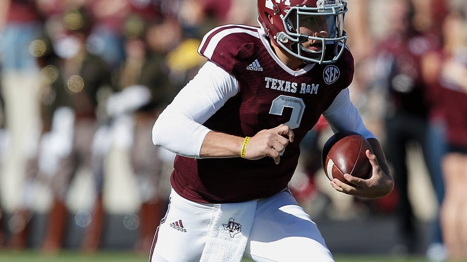 5d89f25f-Auburn Texas A M Football