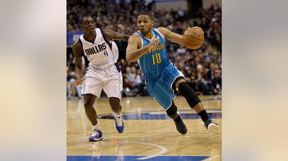 Hornets Mavericks Basketball