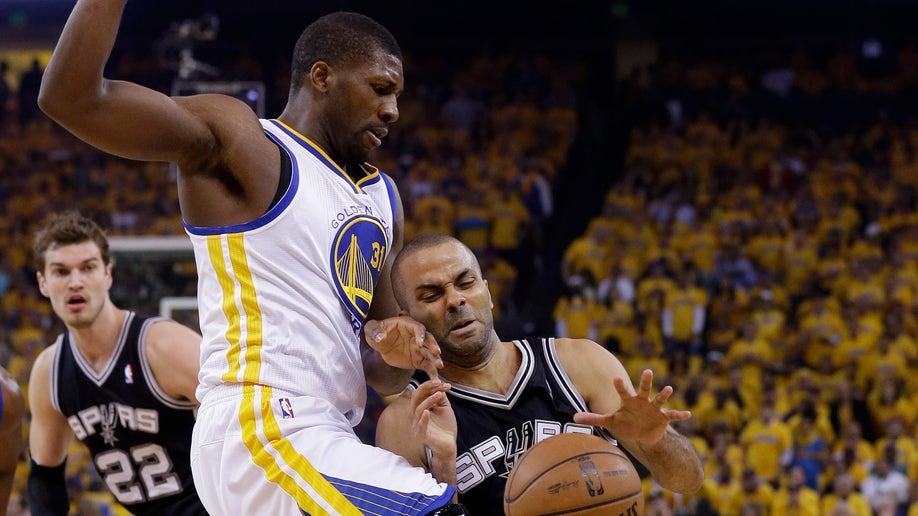 d76a3f49-Spurs Warriors Basketball