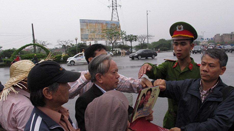 c4ccf80b-Vietnam Farmers Trial