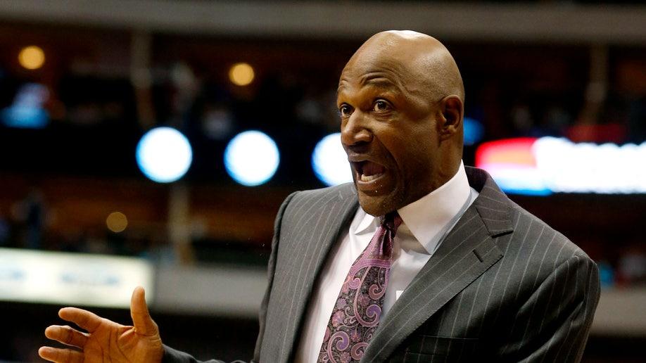 e0b424fa-Timberwolves Mavericks Basketball