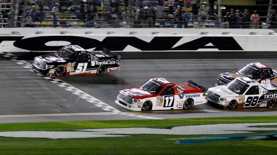 8f8a8abc-NASCAR Daytona Trucks Auto Racing