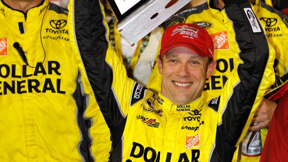 ffa5b84b-NASCAR Daytona Duels Auto Racing
