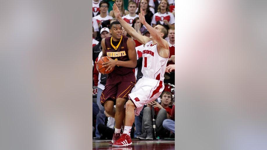6dd7a7c9-Minnesota Wisconsin Basketball