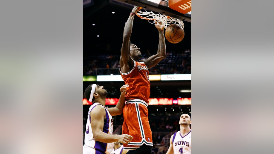2fc7b9d2-Bucks Suns Basketball