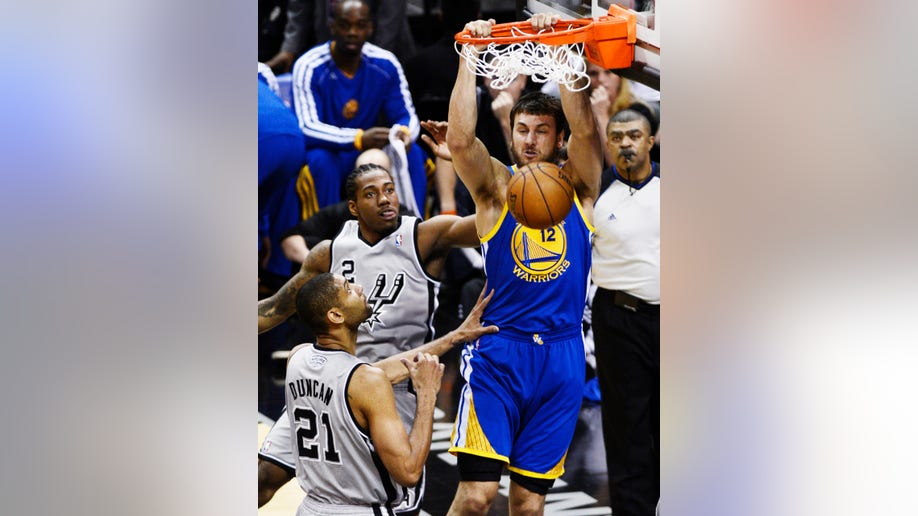 b63345e2-Warriors Spurs basketball