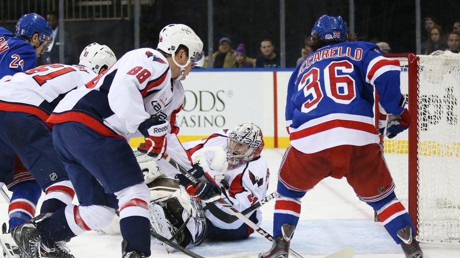 22d0a60d-Capitals Rangers Hockey