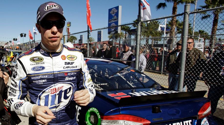 b2b67b77-NASCAR Daytona 500 Auto Racing