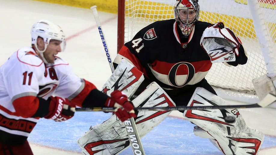 9085762a-Hurricanes Senators Hockey