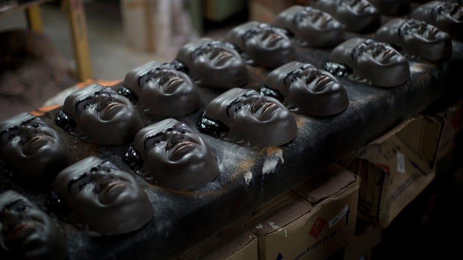 4846eea1-Brazil Carnival Masks