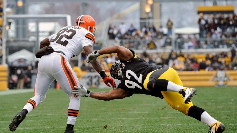 cf337323-Browns Steelers Football