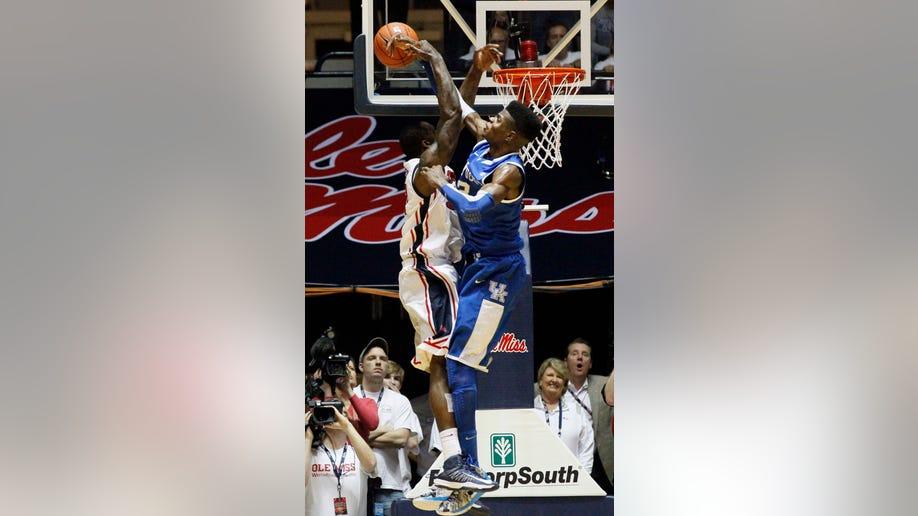 06cf8551-Kentucky Mississippi Basketball