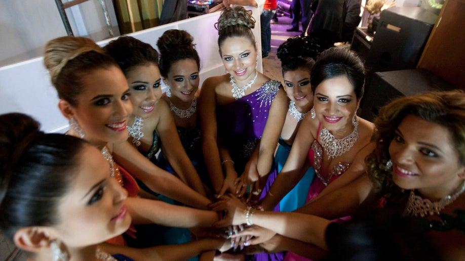 3130ed06-Mexico Beauty Queens in Sinaloa