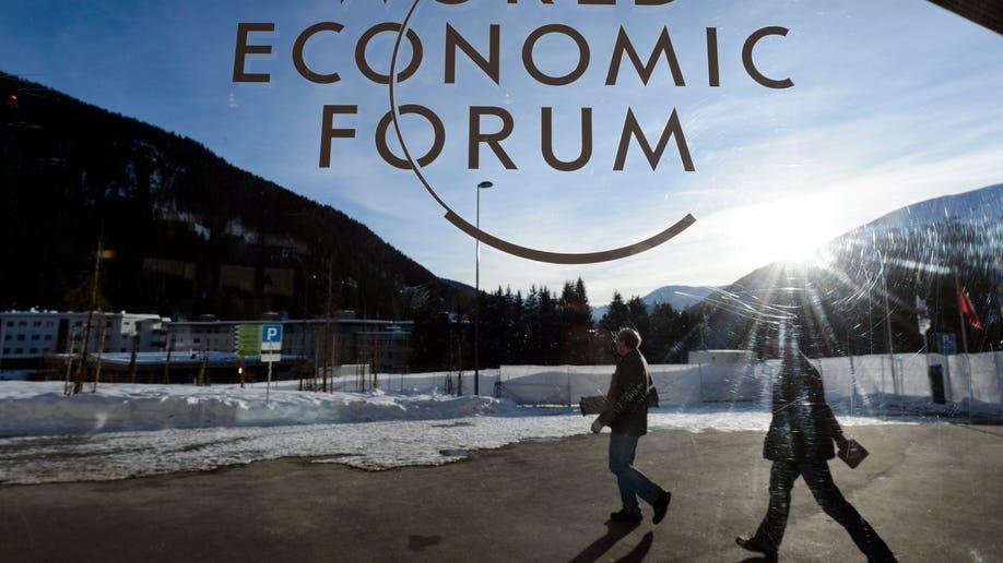 256b2001-Switzerland Davos Forum