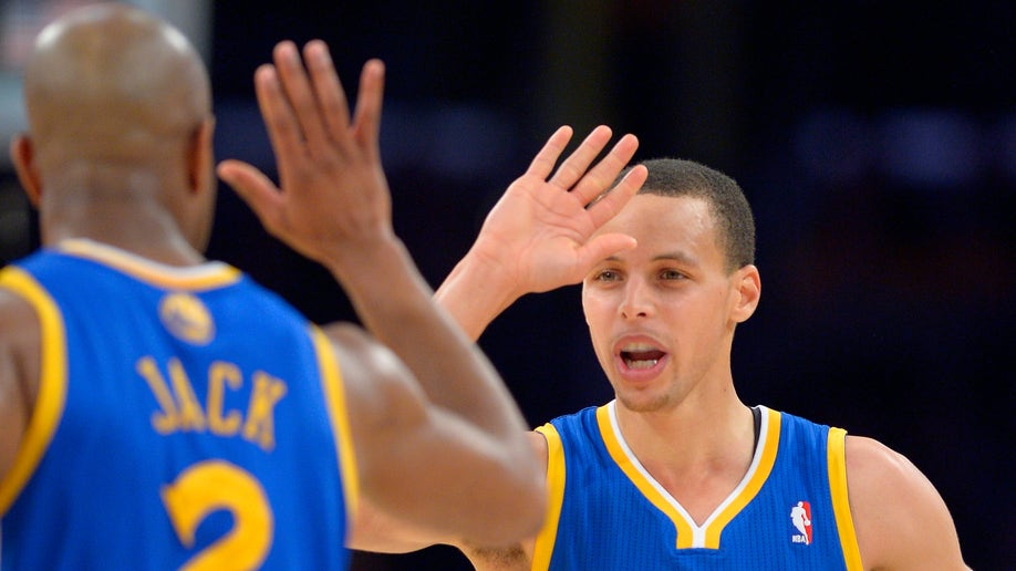 3e6eda06-Warriors Lakers Basketball