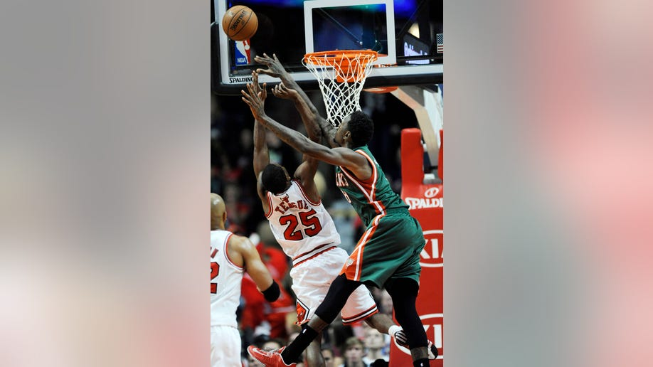 81ba6214-Bucks Bulls Basketball