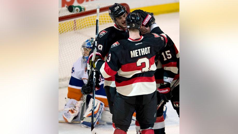 Islanders Senators Hockey