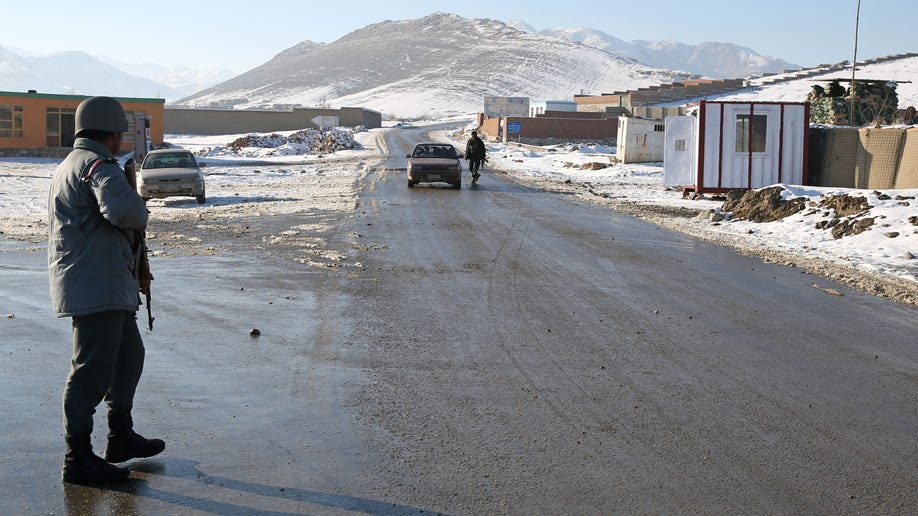 9eac2e73-Afghanistan Death Road