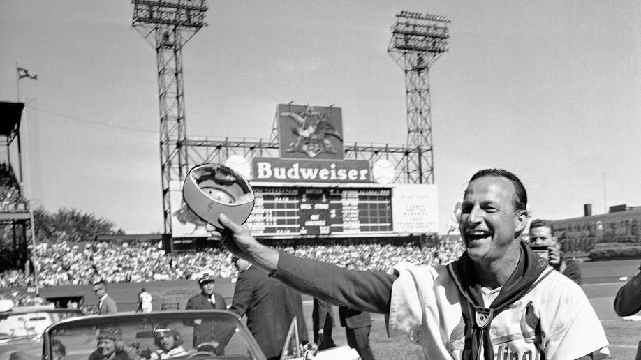 e7d19ecc-Obit Stan Musial Baseball