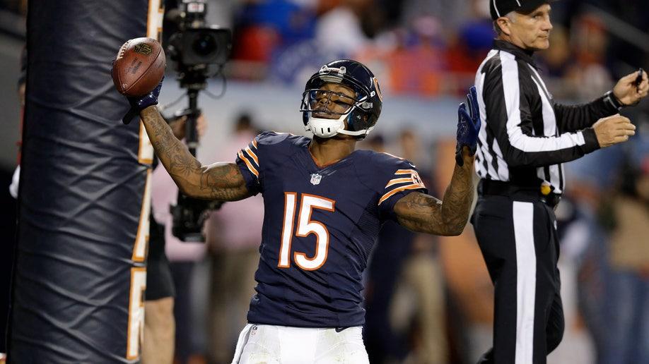 17ef9e76-Giants Bears Football