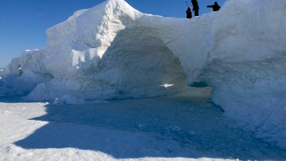 f87c54c6-Ice Caves