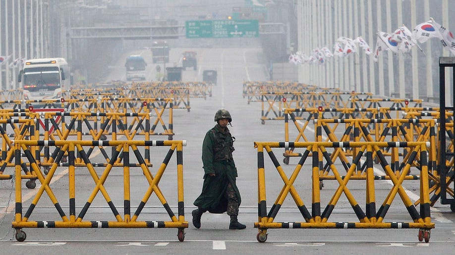7ba40d9b-APTOPIX South Korea Koreas Tension