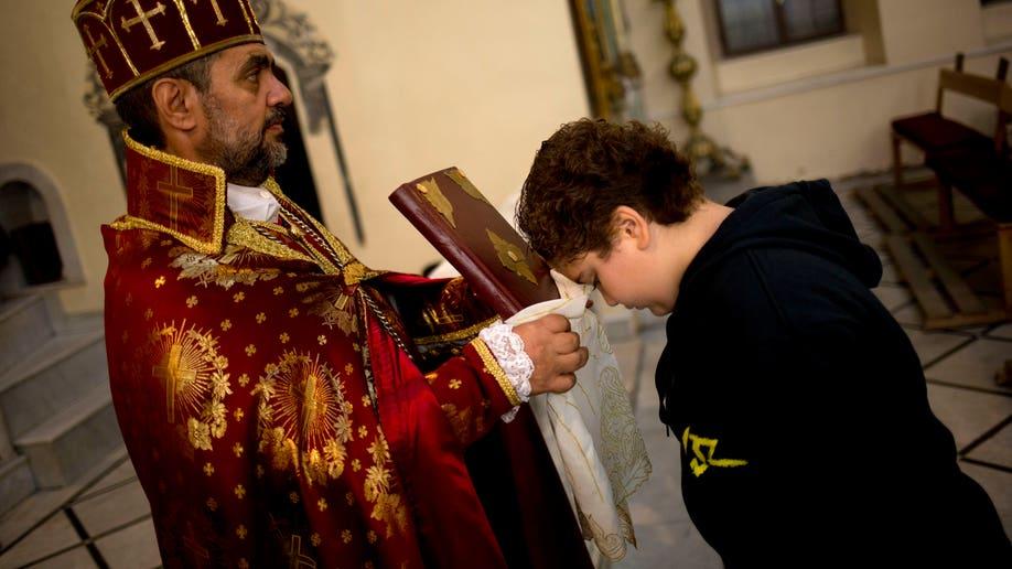 Mideast Syria Beleaguered Christians