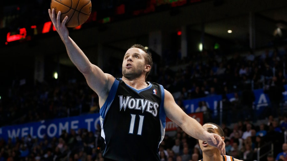 5e07d3f7-Timberwolves Thunder Basketball