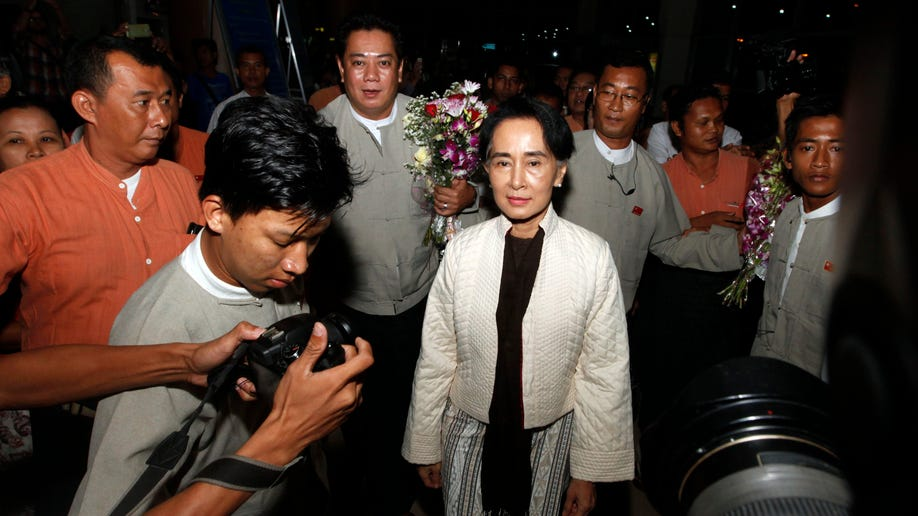 63d30a4f-Myanmar Suu Kyi