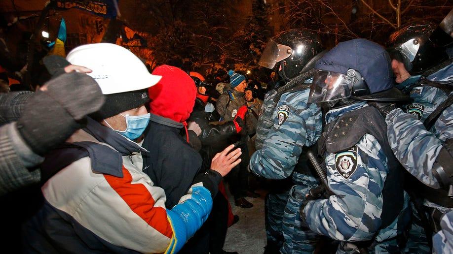 09274f1c-Ukraine Protest