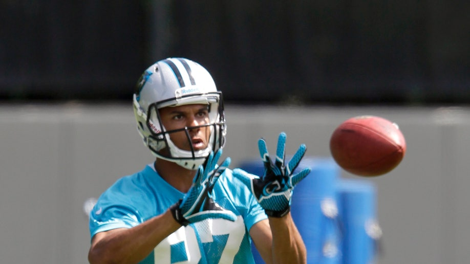 e6492452-Panthers Receivers Football