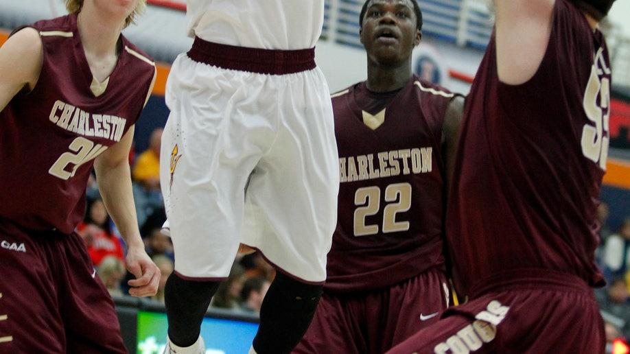 2a33e11c-Charleston Arizona St Basketball