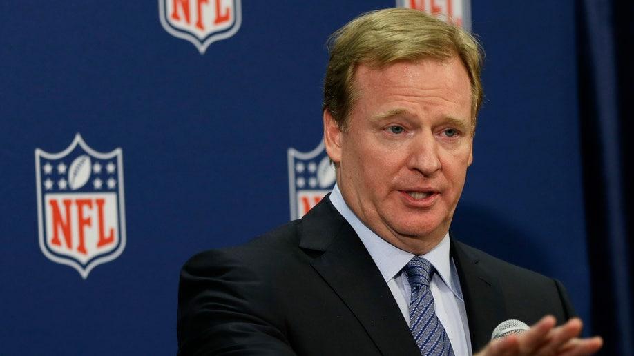 1fad1587-NFL Meetings Football