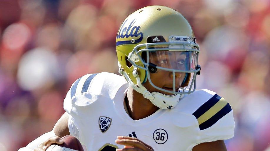 0a18e2b5-UCLA Stanford Footbal