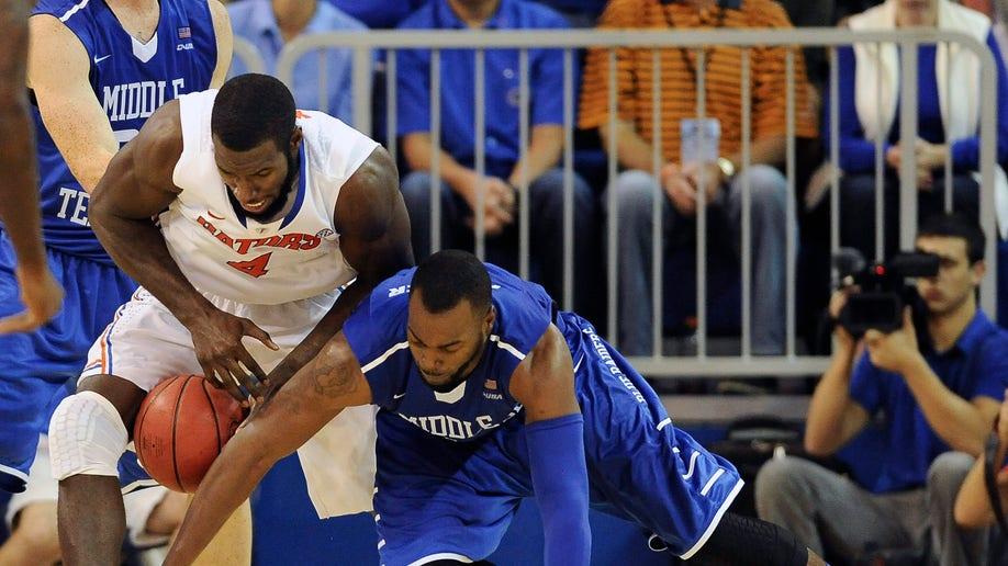 98300a12-Middle Tennessee Florida Basketball