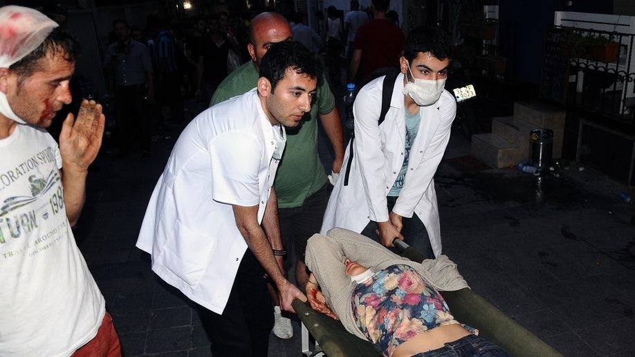 1332d17e-Turkey Doctors Under Fire