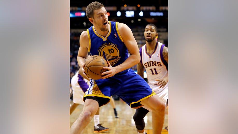 72230062-Warriors Suns Basketball