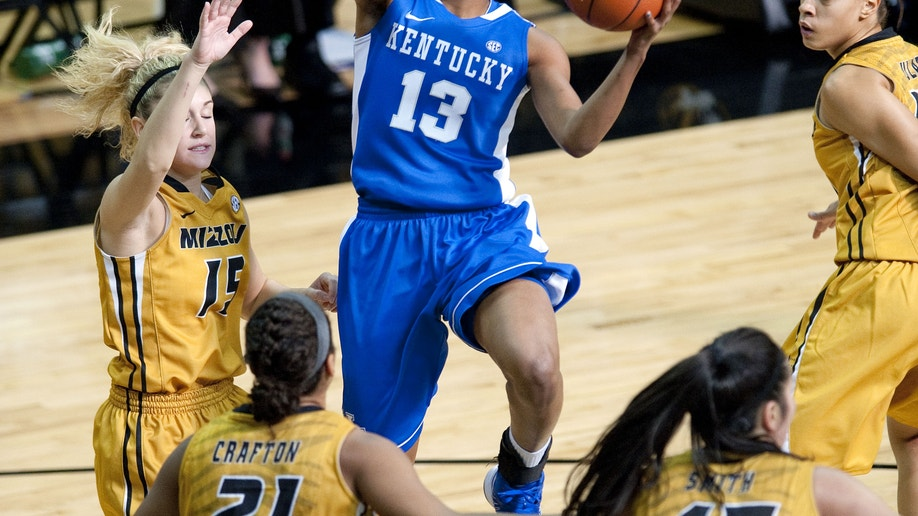 ef75cd02-Kentucky Missouri Basketball