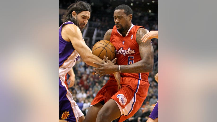 52eb1146-Clippers Suns Basketball