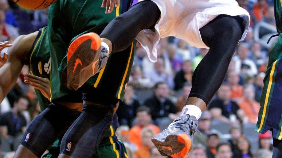 66d9af7d-Jazz Suns Basketball