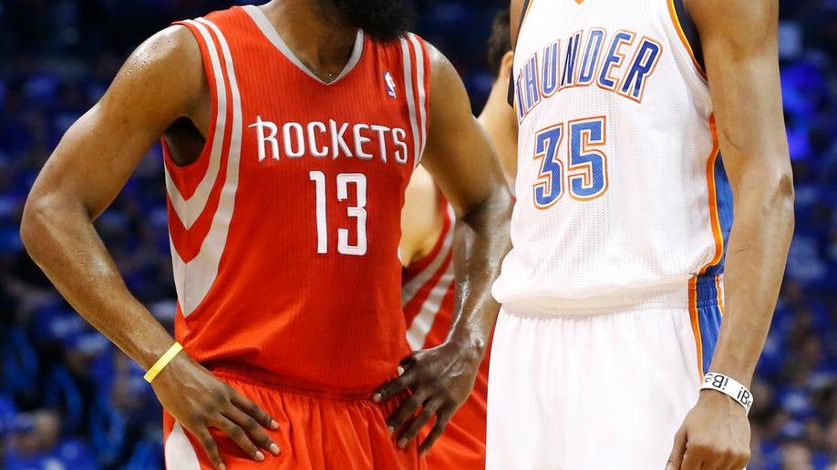 b2b4b5ae-Rockets Thunder Basketball