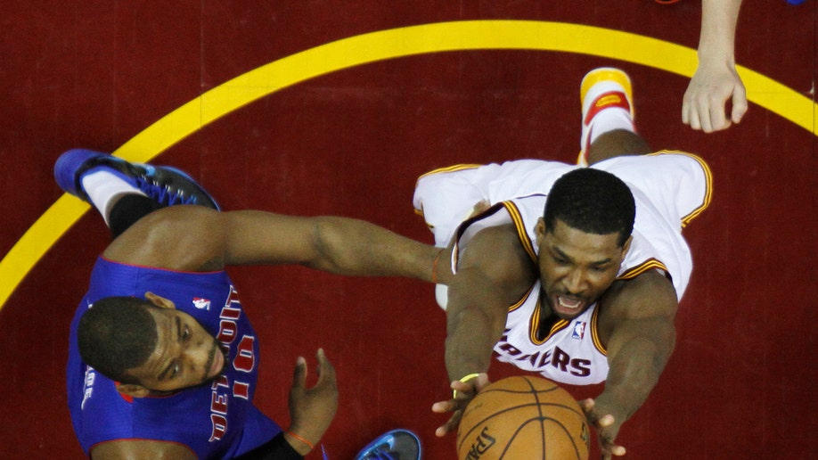 721d40ce-Pistons Cavaliers Basketball