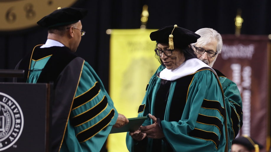 23bd9d47-Rodriguez Honorary Degree