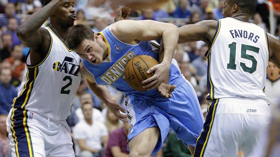 4b8cf386-Nuggets Jazz Basketball