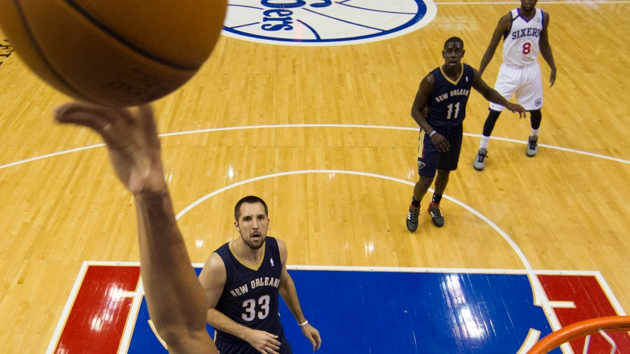 20c44086-Pelicans 76ers Basketball