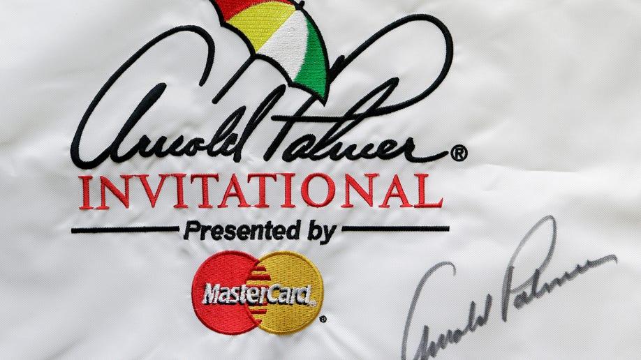 453ee82b-Masters Signatures Golf