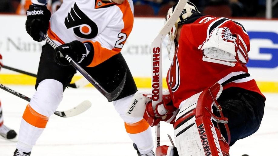 64d774b8-Flyers Devils Hockey