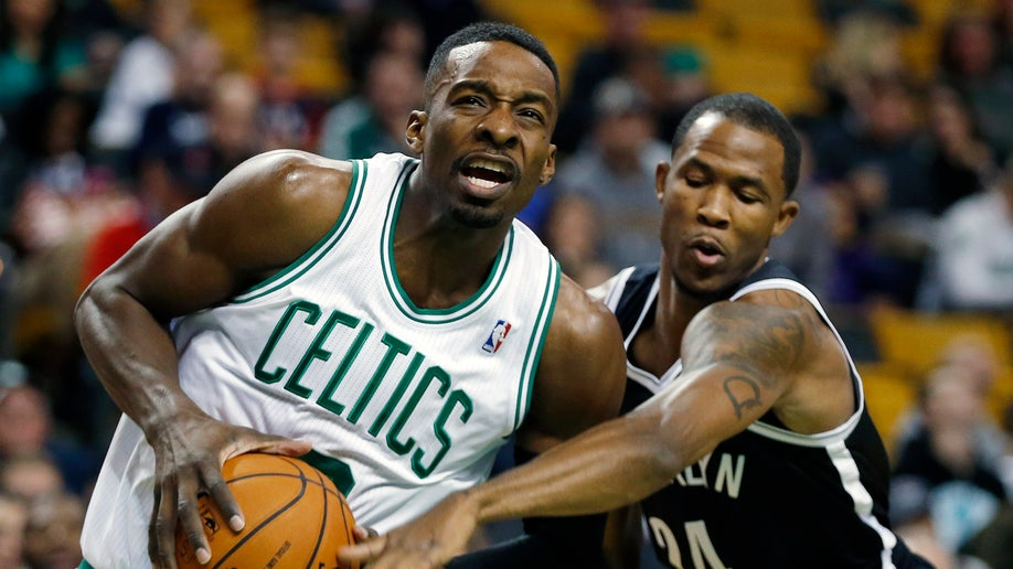 663bfb6a-Nets Celtics Basketball